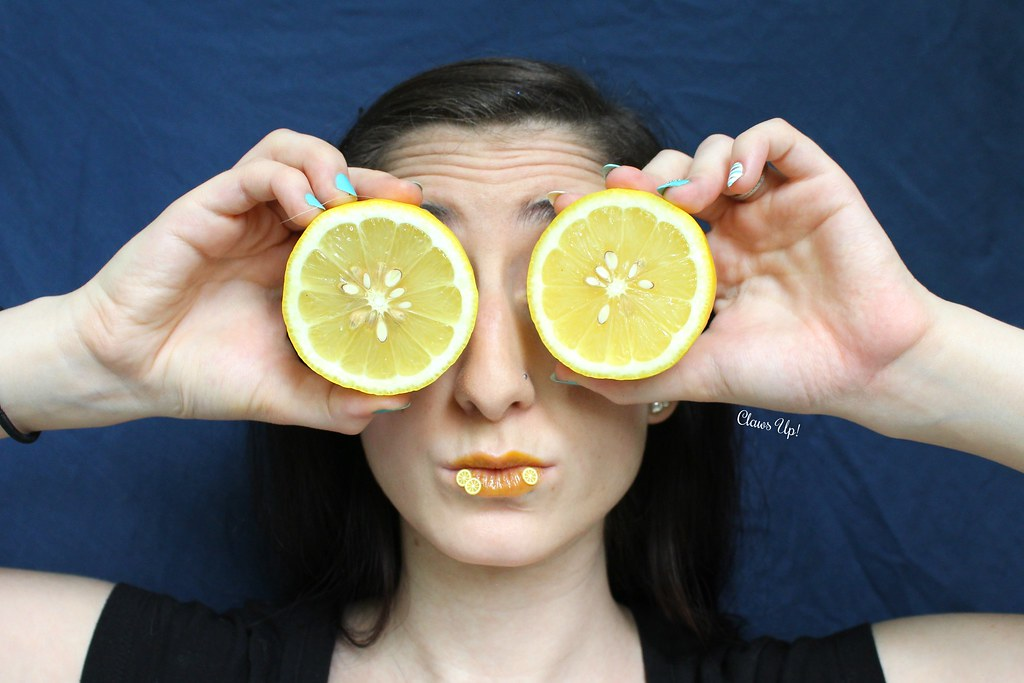 Lemon makeup look