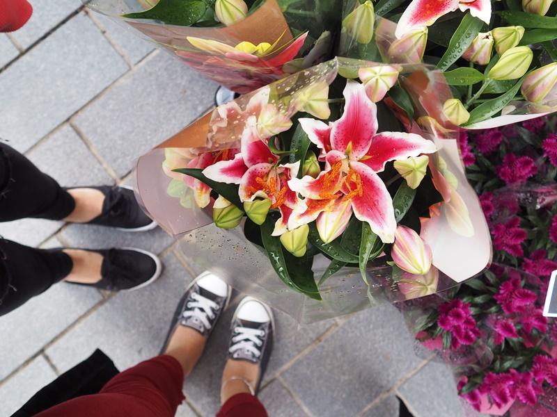 kansainväliset suurmarkkinat kukkia