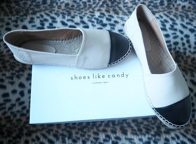 shoeslikecandyespadrilleP8134361, zioleathershoesespadrillesP8134349, espadrillotnahkamustabeigeP8134357, espadrillos, espadrilles, espadrillo, espadrille, shoes, kengät, summer shoes, kesäkengät, zio, helsinki, shoes like candy, beige musta, nude, beige black, nahka, leather, shopping, ostokset, fashion, muoti, chanel alike, cute, söpö, soft, pehmeä, kenkä ostokset, paketti, shoe shopping,