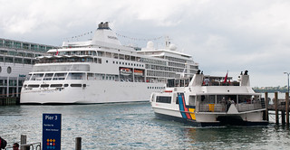 Ships at Pier 3 in Auckland harbour | by D Coetzee