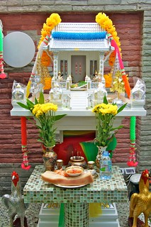 A spirit house or san phra phum | by UweBKK (α 77 on )