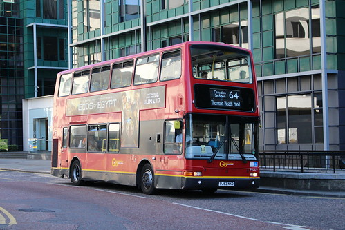 Metrobus PVL377 on Route 64, East Croydon