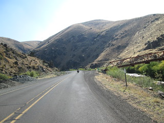 One of many Canyons, rarely a flat road