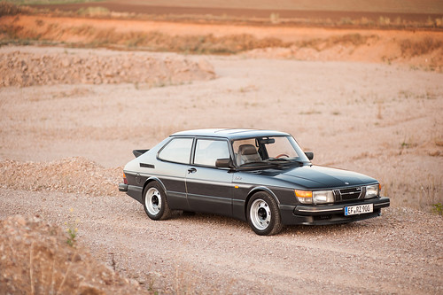 Saab 900 - new wheels | by bennorz