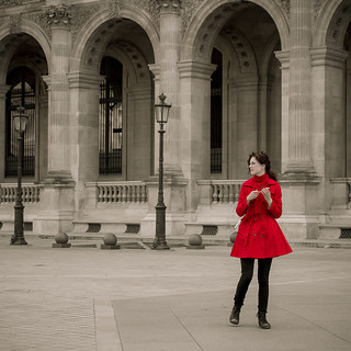 Woman in red - Paris | by Mauritzson Foto