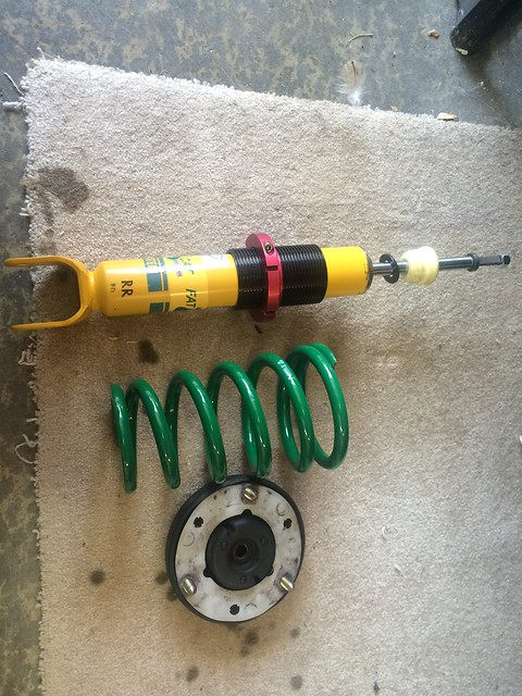 Albertos FD RX-7 rear damper about to be installed