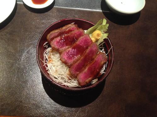 nagano-matsumoto-shinmiyoshi-horsemeat-source-katsudon02