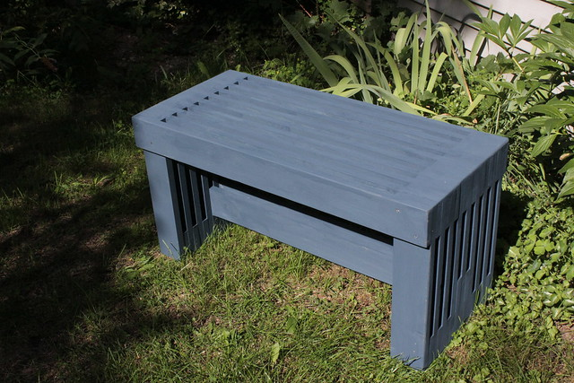 Slat Bench (Painted)