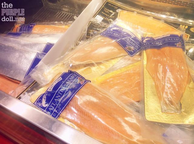 Royal Norweigan Skin-On Salmon Fillet