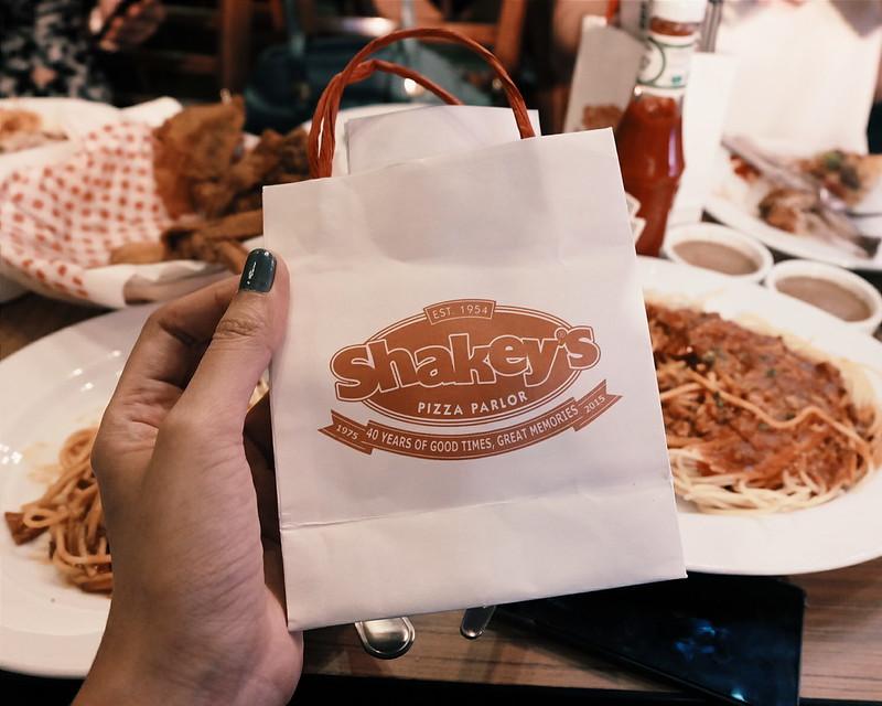 shakeys lucky manzano