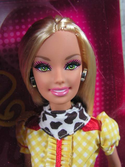 2009 Barbie Toy Story 3 Barbie Loves Jessie T2966 (1)
