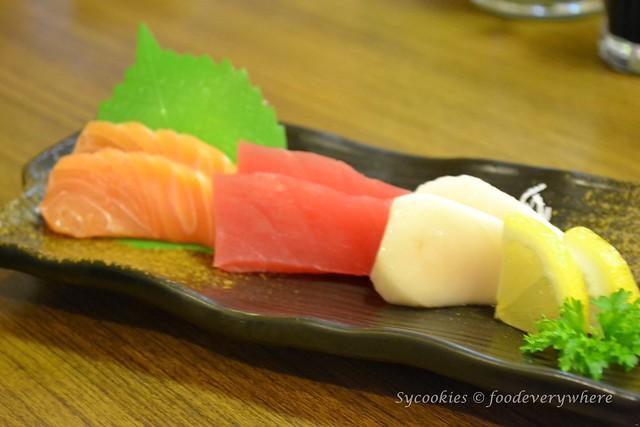 1.Sakae Sushi celebrate 19th anniversary