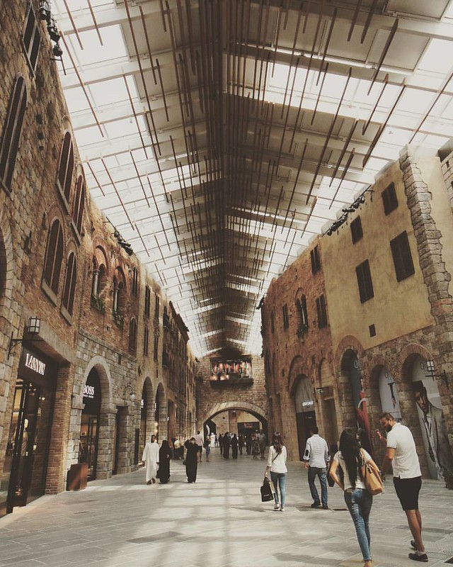 The Outlet Village. Stunning architecture. #dubai