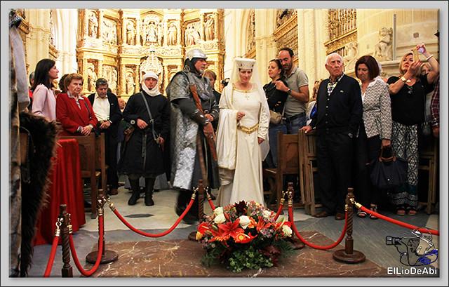 Fin de Semana Cidiano Ofrenda floral en la tumba del Cid (7)