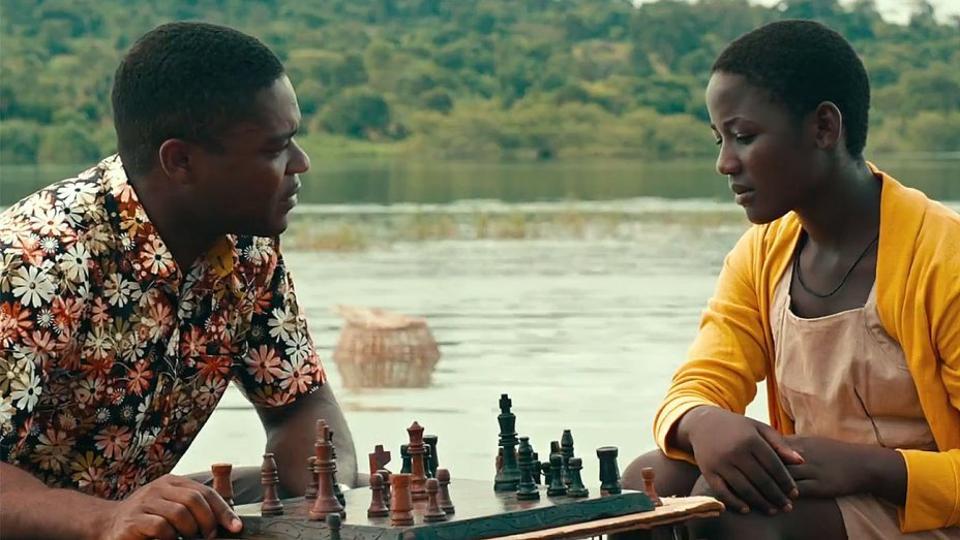 David Oyelowo and Madina Nalwanga problem solve in QUEEN OF KATWE.