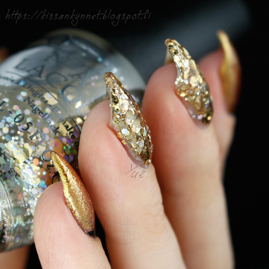 gold_glitter_nail_art