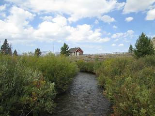 Pole Creek Ranger Station - historic ranger station