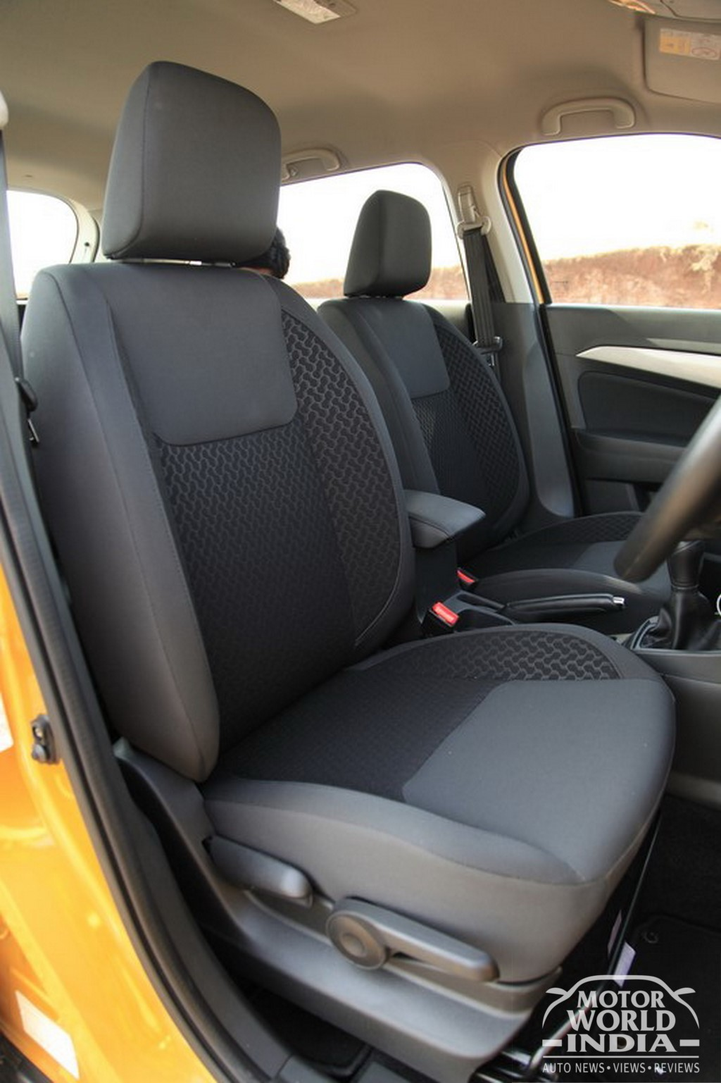 Maruti-Vitara-Brezza-Interior-Front-Seat (2)