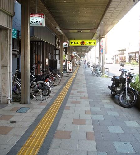 jp16-Himeji-Akashi-train (3)