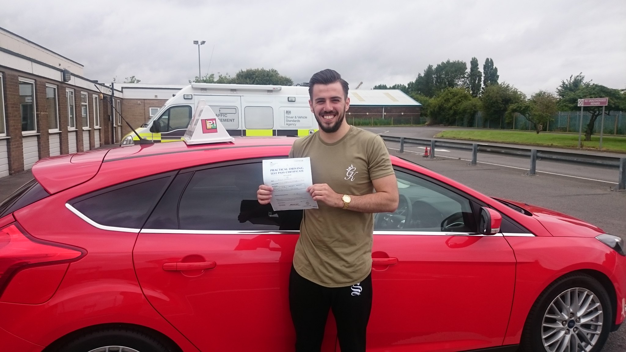 Ryan Cox passes driving test in grimsby with 21st Century Driving