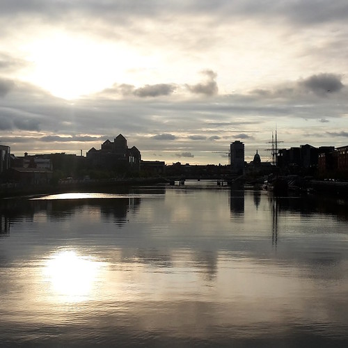 Dublino: vista sul fiume Liffey