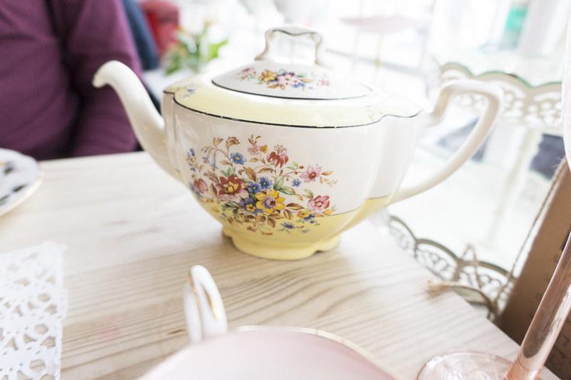 Poppys Vintage Tea Room St Neots_1