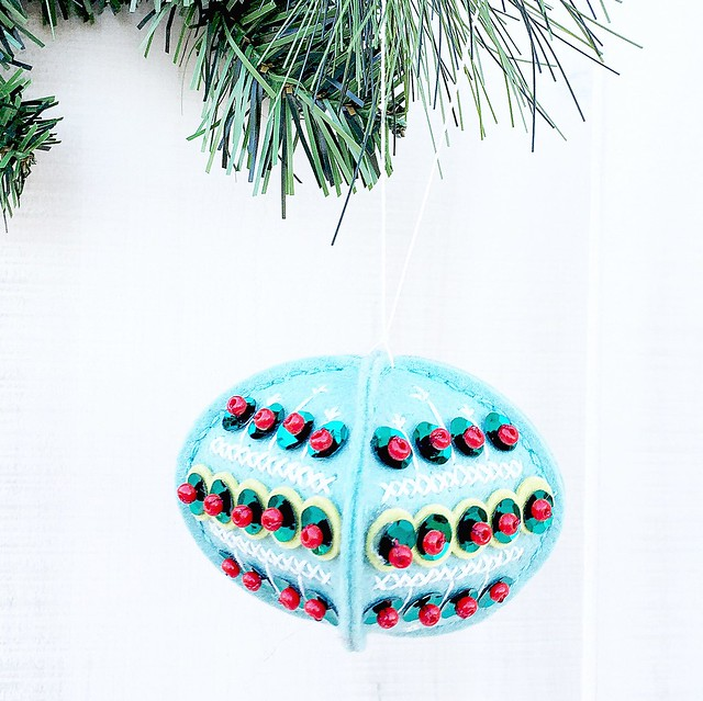 Stitched Ornament: Sequins by Papertrey Ink