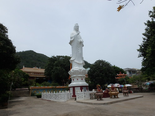 guanyin-temple-1