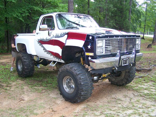 CHEVY LIFTED 4X4