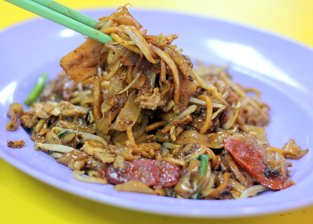 lai heng fried kway teow and cooked food