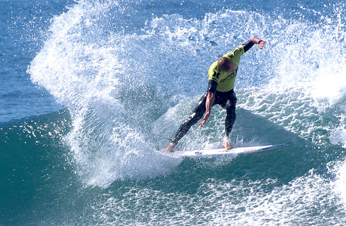 Mick Fanning Kicks Out the Fins | by Omomyid