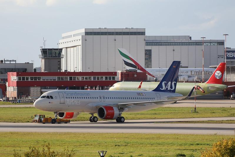 A320neo SAS Scandinavian Airlines LN-RGL