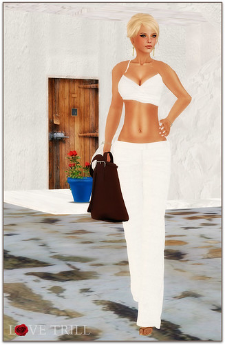 Fabulously Free in SL - End Of Summer In Santorini | by Love Trill