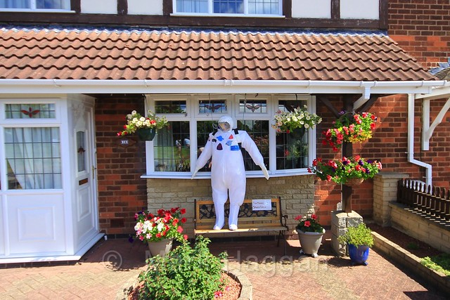 Tim Peakrow at the Heather Scarecrow Festival 2016