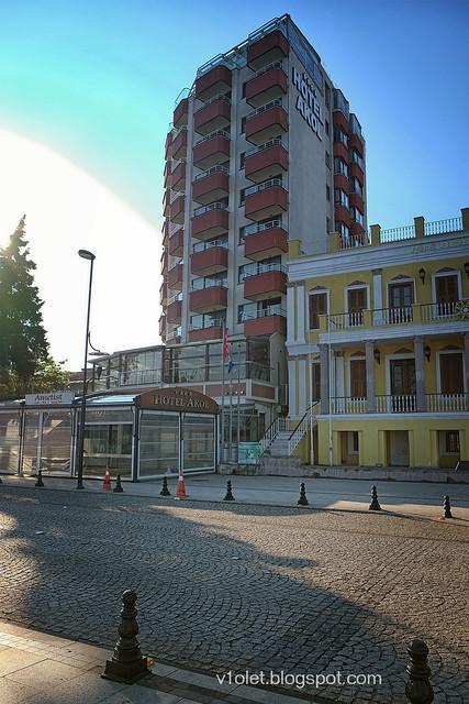 DSCF0496 Akol Hotel1rw