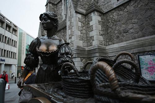 La statua di Molly Malone