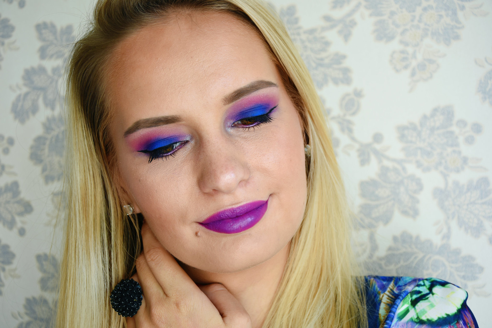 Beauty blogger from Europe