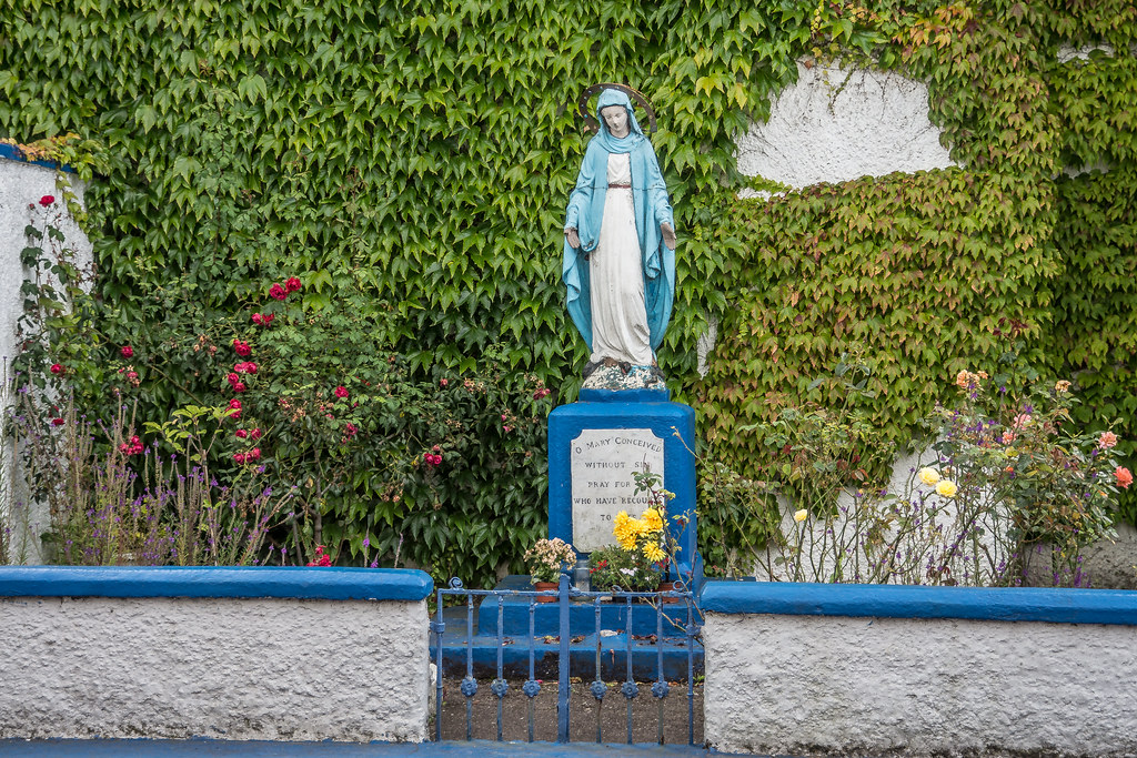 A MARIAN GROTTO IN CORK [CORNER OF DUNBAR STREET AND MARGARET STREET]-120641