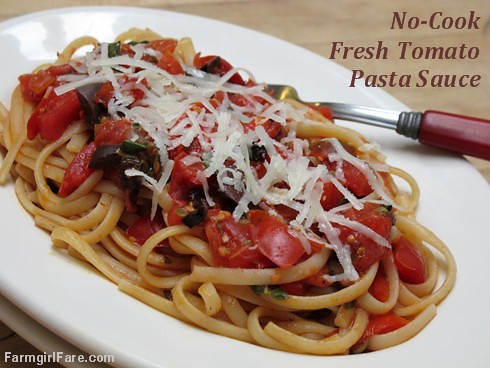 No-cook fresh tomato pasta sauce with kalamata olives, capers, and basil | by Farmgirl Susan