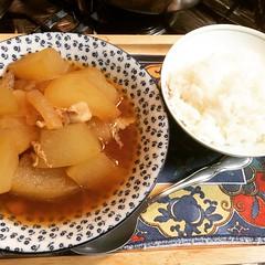 pork togan, enough for tomorrow too, so no need to cook, whoo❤︎  #porktogan #osaka #japan #冬瓜 #大阪