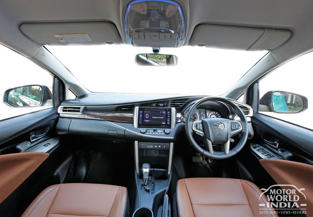 Toyota-Innova-Crysta-Interior-Dashboard