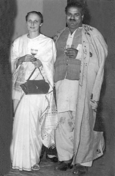 Freda Bedi and Baba Pyare Lal Bedi, at Nishat Bagh, Srinagar, 1948. From wikipedia.org