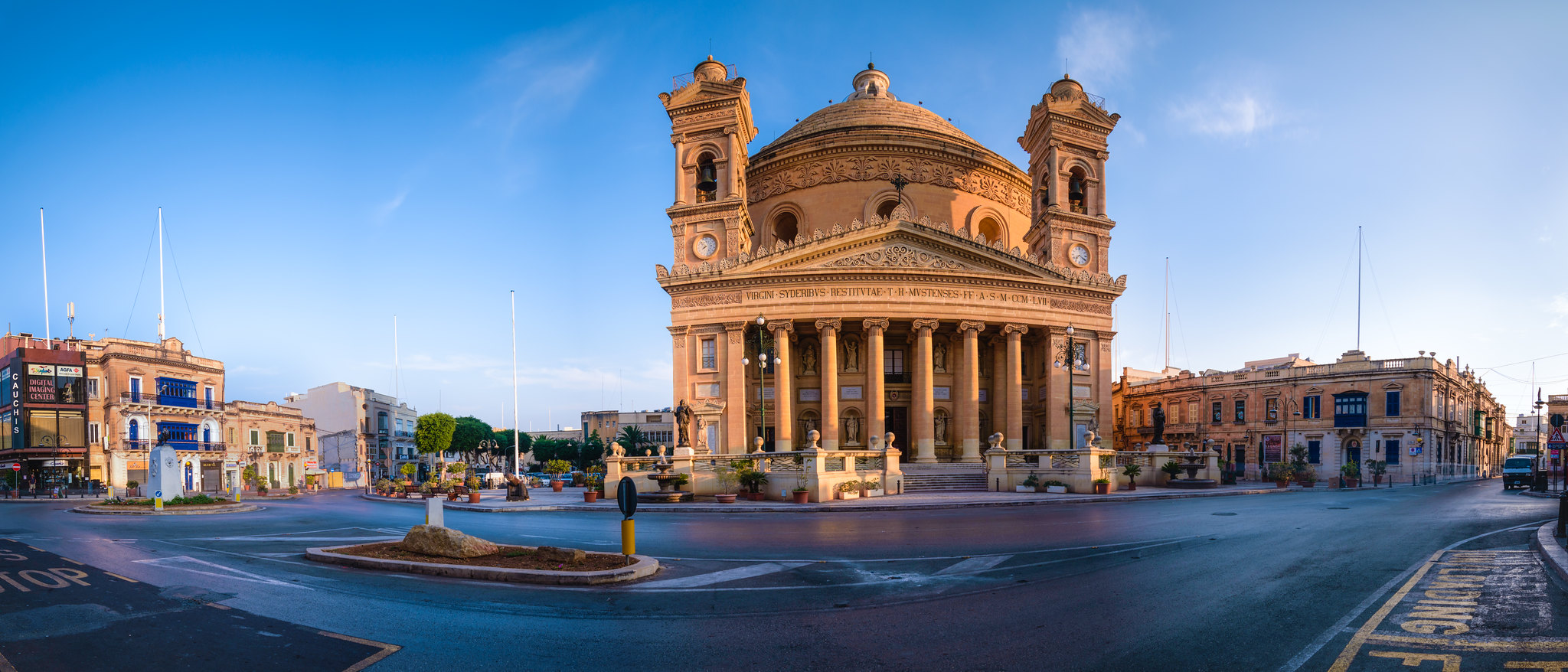 Panorama of the Mosta Piazza