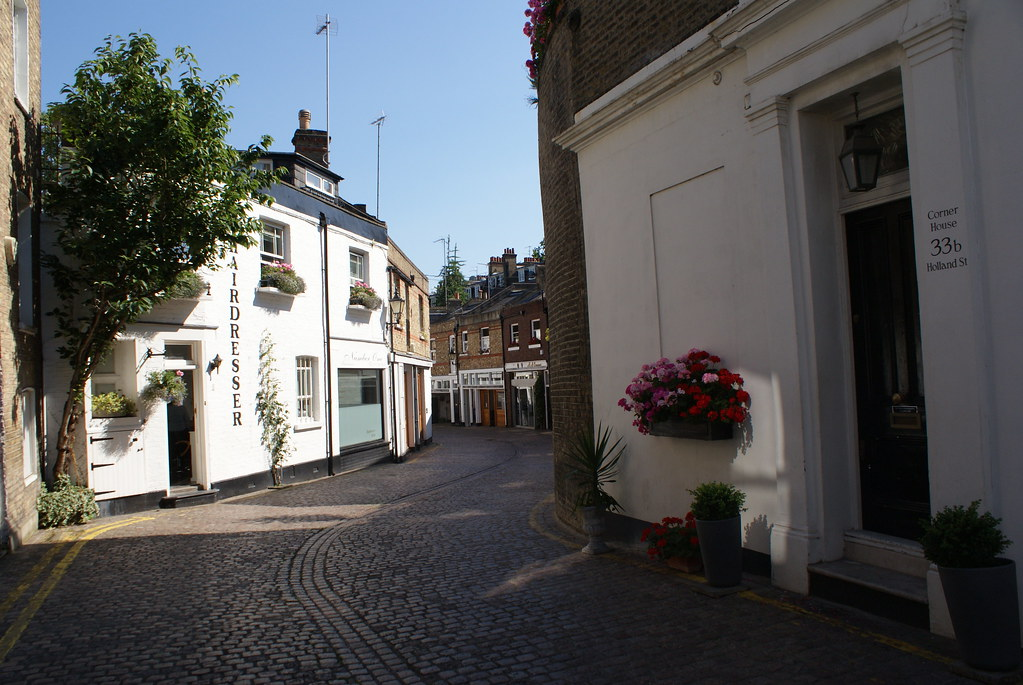 Petites ruelles de Kensington près d'Holland park.