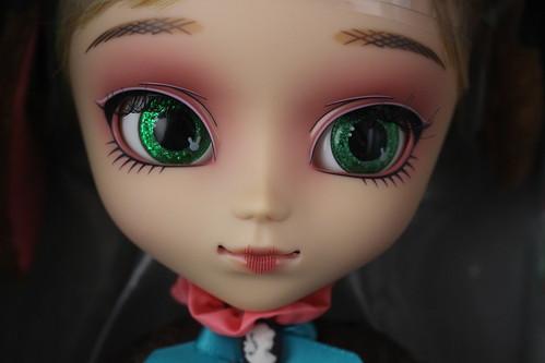 Amelia Face Up