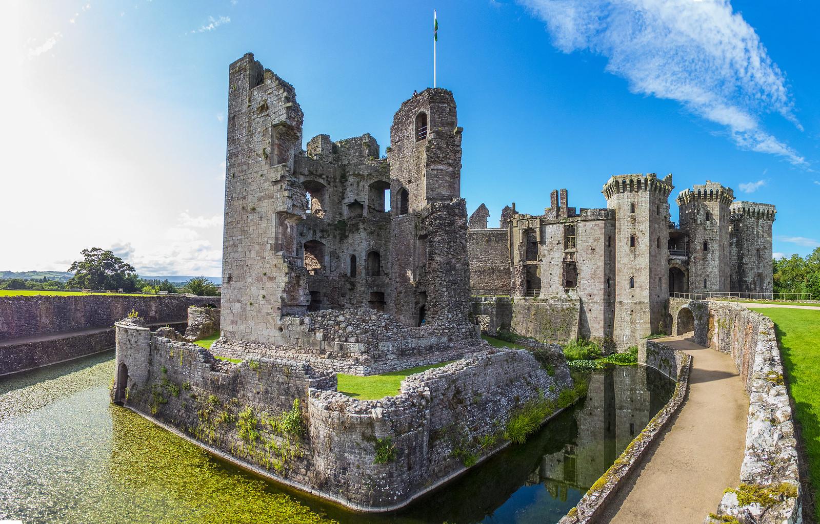 a Raglan Castle b pano