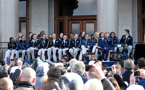 2013 UConn Huskies Women's Basketball victory parade & ral ... Uconn Huskies Basketball 2013