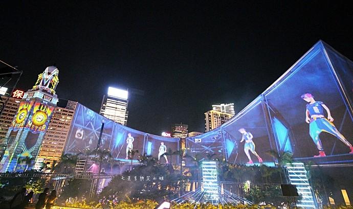 11 香港 閃躍維港 3D光雕匯演