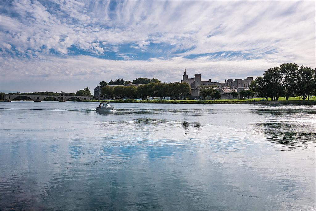 Avignon 30245190502_f36542a206_b