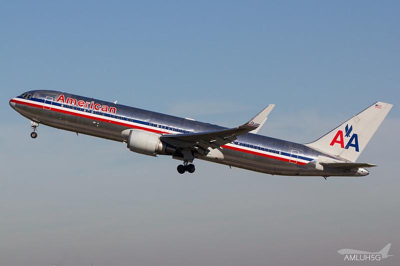American Airlines - B763 - N39365 (2)